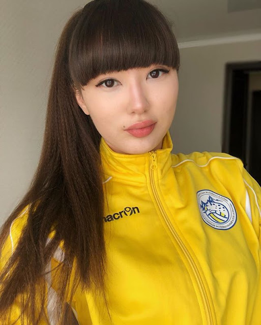 Sabina Altynbekova Photos