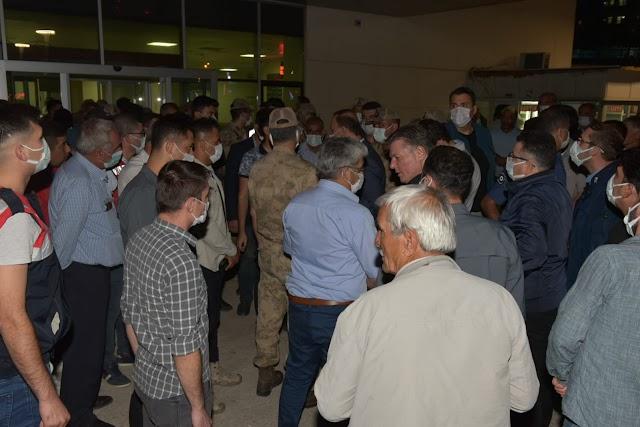 Vali Erin, Bozova'da yaralı öğrencileri ziyaret etti