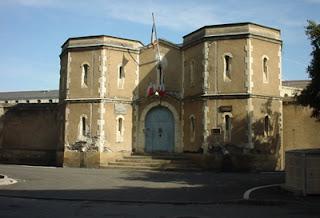 Angers - Un surveillant de la maison d'arrêt condamné à de la prison avec sursis