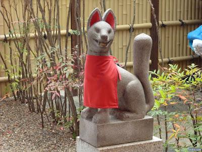 安井稲荷神社白狐