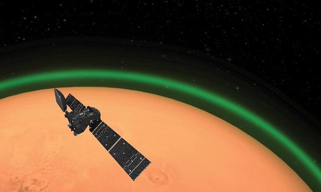 ExoMars_Trace_Gas_orbiter_spots_green_glow_in_Mars_atmosphere