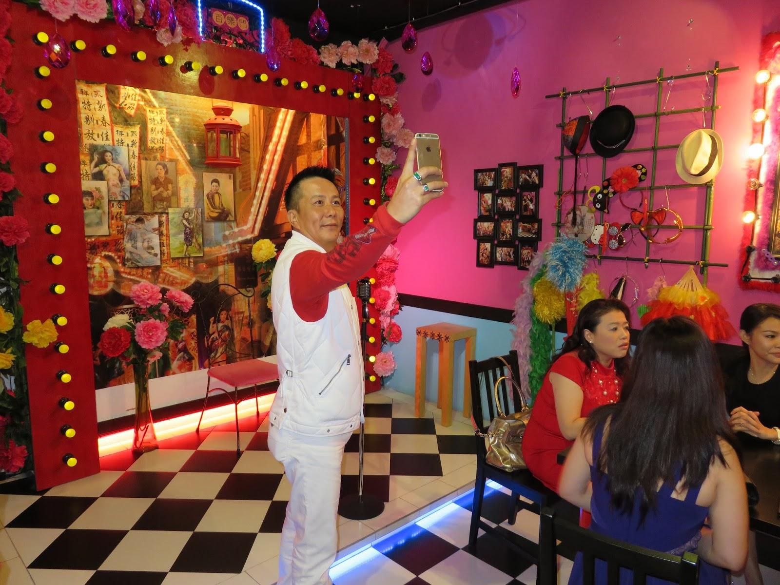 Kc S Karaoke Cafe