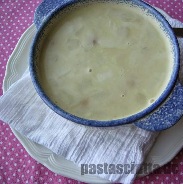 Leckere Spargelcremesuppe