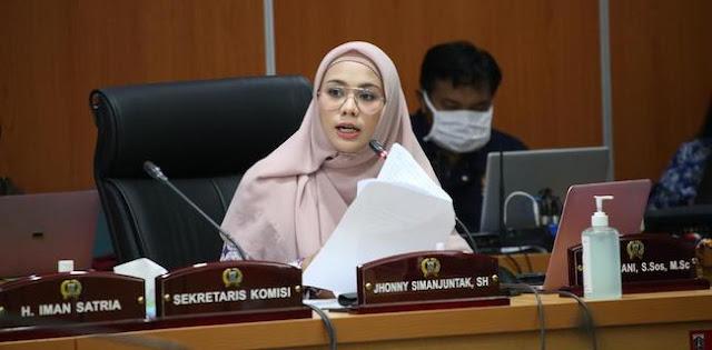 Kritiknya Disebut Salah Alamat, Zita Anjani: Haduh Mas Menteri Bisanya Ngirim BuzzerRp Doang