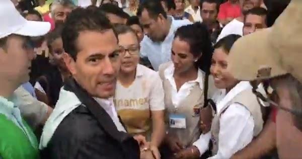 """Peña se sorprende al comprobar que en Chiapas """"si hay güeras"""""""