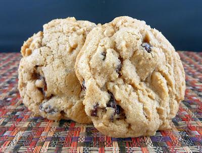 Raisin Spice Cookies