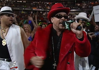 WWE / WWF Wrestlemania 2000 - Ice T performed The Godfather's theme from WWF Aggression album