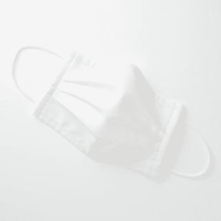 alt=無印良品 繰り返し使える 2枚組・三層マスク 抗菌防臭加工のマスク