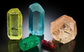 Resultado de imagem para pedra preciosa grão - mogol