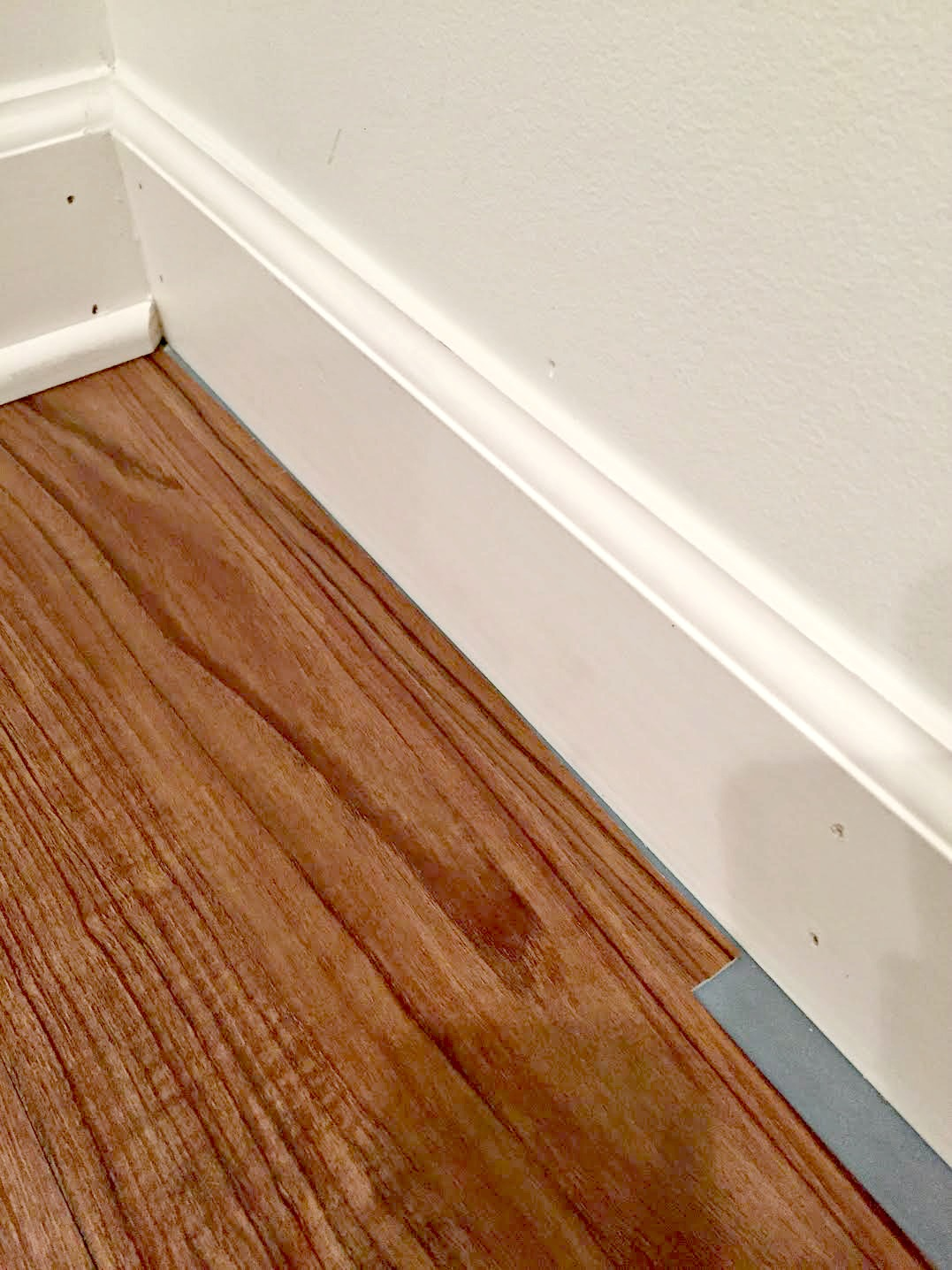 Vinyl Flooring That Looks Like Wood For The Basement