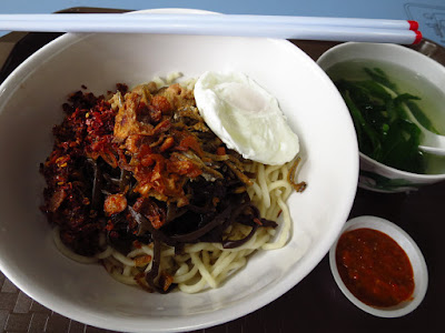 Grandma Ban Mee (老妈子板面), Amoy Street Food Centre