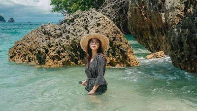 Foto Cantik Pantai Tiga Warna Malang