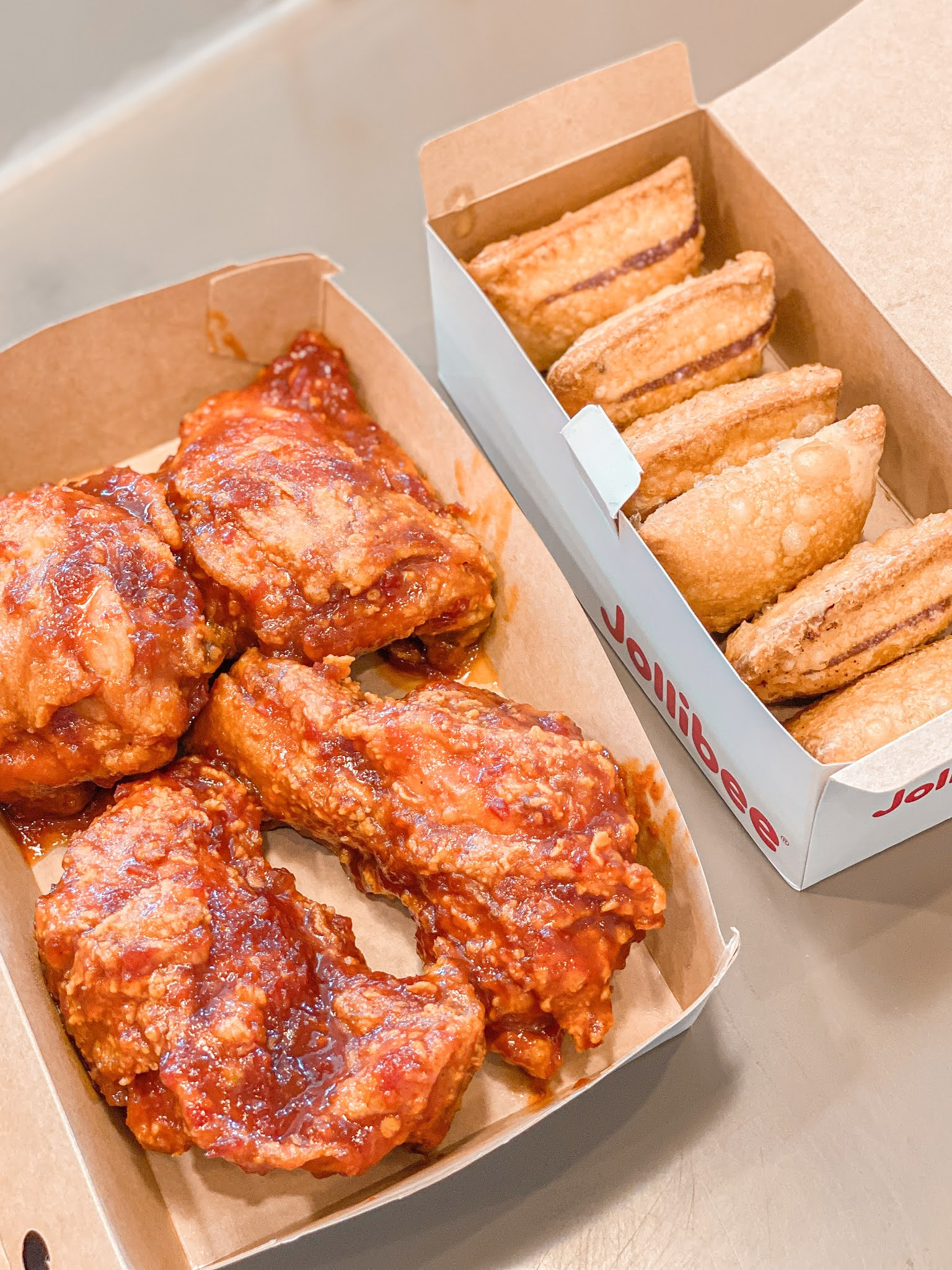 Jollibee's Sweet Chili Chicken and Ube Cheese Pie