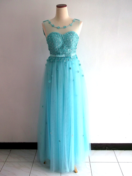 dress pesta prom night