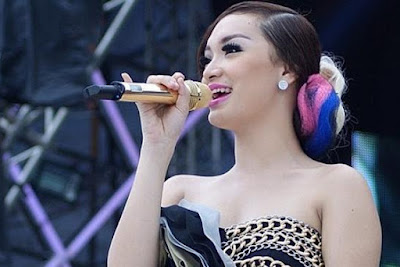 Download Lagu Dangdut Remix Zaskia Gotik
