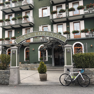 If you are looking where to sleep in Bormio we suggest the Hotel San Lorenzo in Bormio village