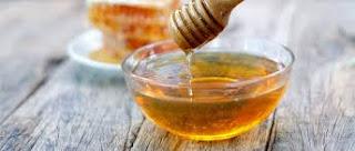 استخدام العسل في تفتيح البشرة