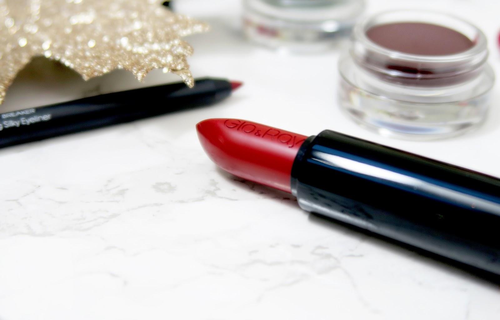 an image of Glo & Ray La Amo Creamy Shimmer Lip Colour in Seduce