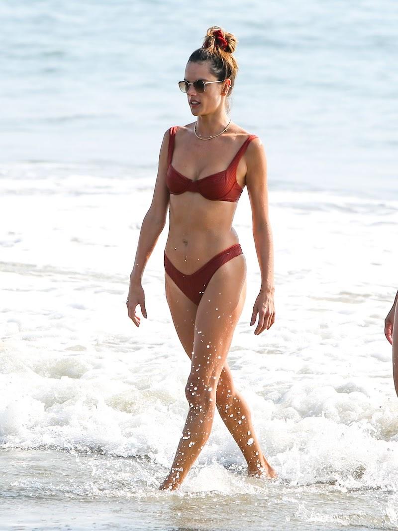 Alessandra Ambrosio Clicked in Bikini at a Beach in Santa Monica 17 Oct -2020