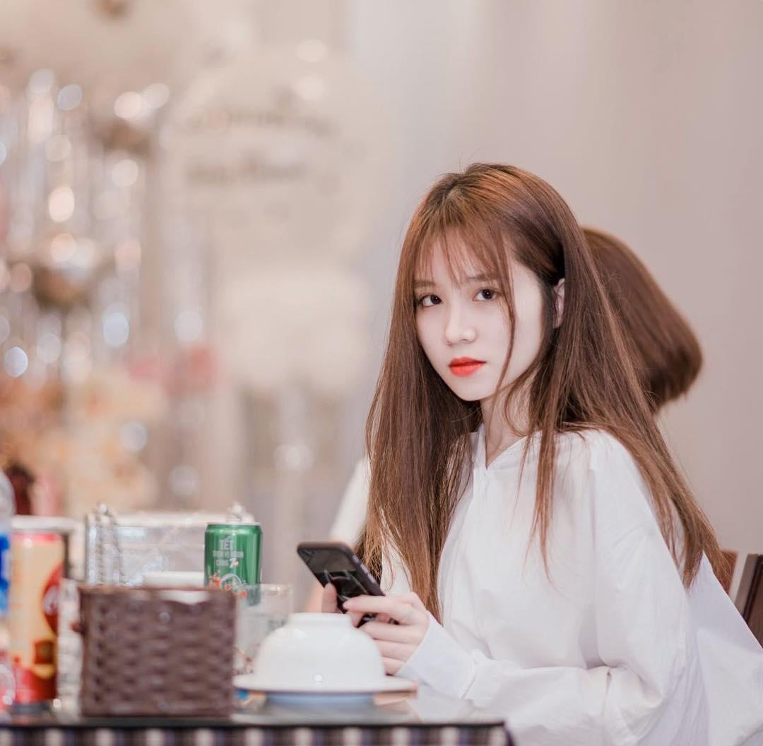 Hot girl Facebook Trần Cẩm Nhung