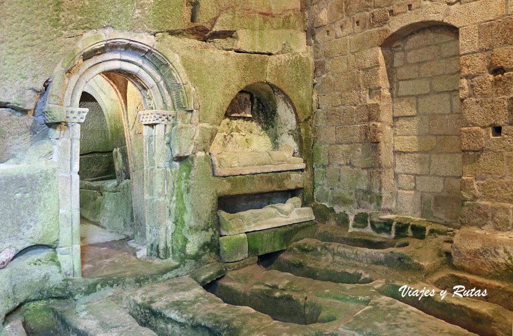 Sepulcros de San Pedro de Rocas, Ourense