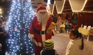 «Άγιος Βασίλης» πέθανε σε γιορτή νηπιαγωγείου