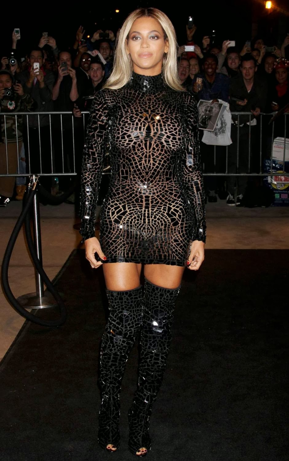 knowles see thru Beyonce