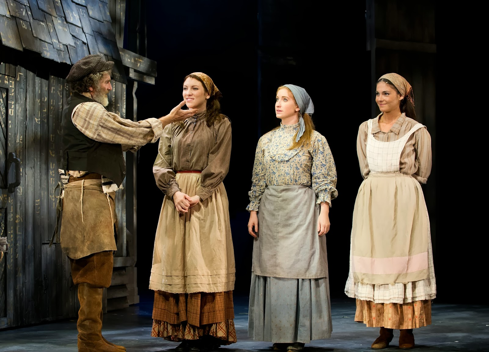 Roofing: Fiddler On The Roof Cast