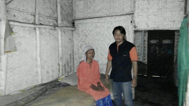 Relawan kemanusiaan sinergi lazismu Jember mendampingi Sumina