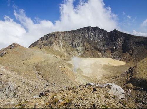 15 gunung di indonesia yang masih aktif, daftar gunung teraktif di indonesia  ruang pendaki