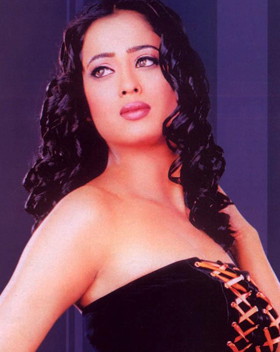 Very Sexy Wallpapers 2012: Hot Hot sexy Madurima Telugu