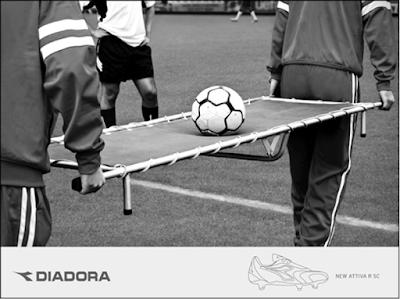 diadora pubblicità calcio tecnica inversione