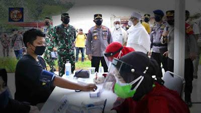 TNI-Polri Gelar Vaksinasi Massal Bareng Islam Rabithah Alawiyah di Cibis Park, Target 4.500 Orang