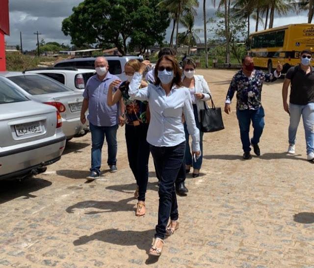 Mary Gouveia inicia transição de governo com sua equipe