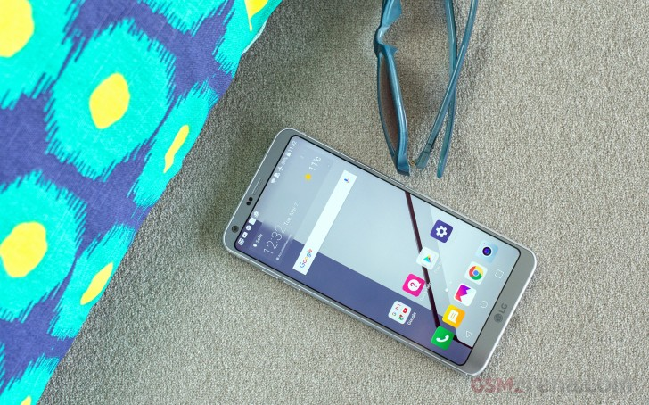 LG G7 display