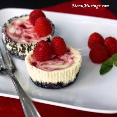 raspberry swirl cheesecake minis @ menumusings.com