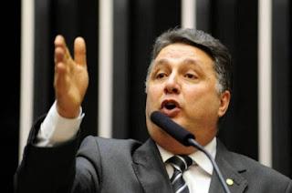 http://vnoticia.com.br/noticia/2010-tse-revoga-prisao-domiciliar-do-ex-governador-do-rj-anthony-garotinho