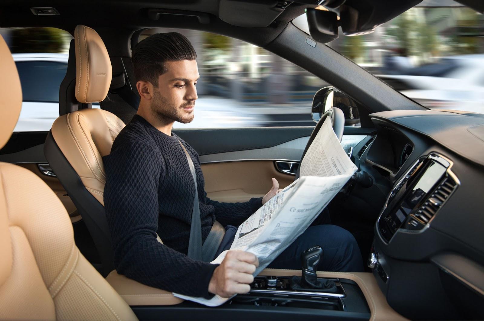 Việc nằm ngủ, đọc báo, ăn sáng...chờ xe chở đến công ty làm việc không còn xa vời