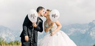 كيف تتعامل مع زوجتك - 12 طريقة تجعلها زوجة سعيدة