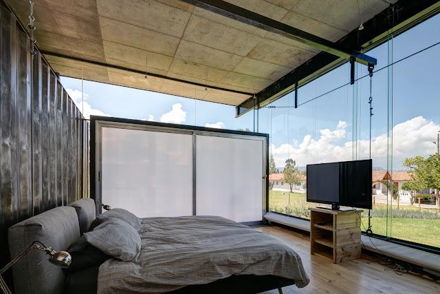 Casa RDP - Shipping Container Industrial Style House, Ecuador 25