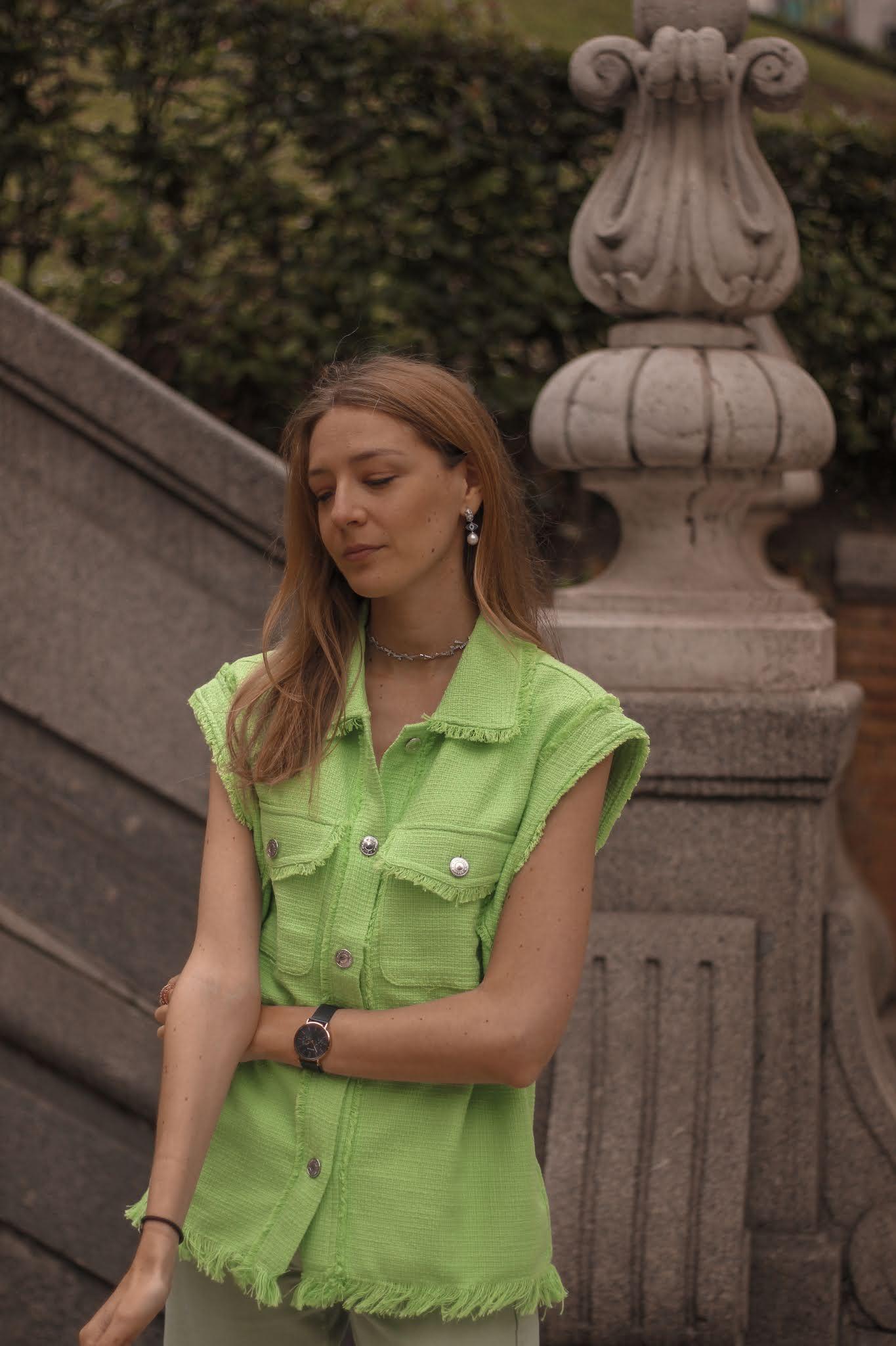 total-look-verde-chaleco-wide-leg-pants-bershka
