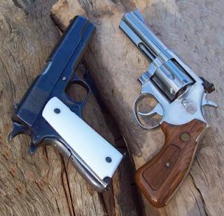 pistola y revolver