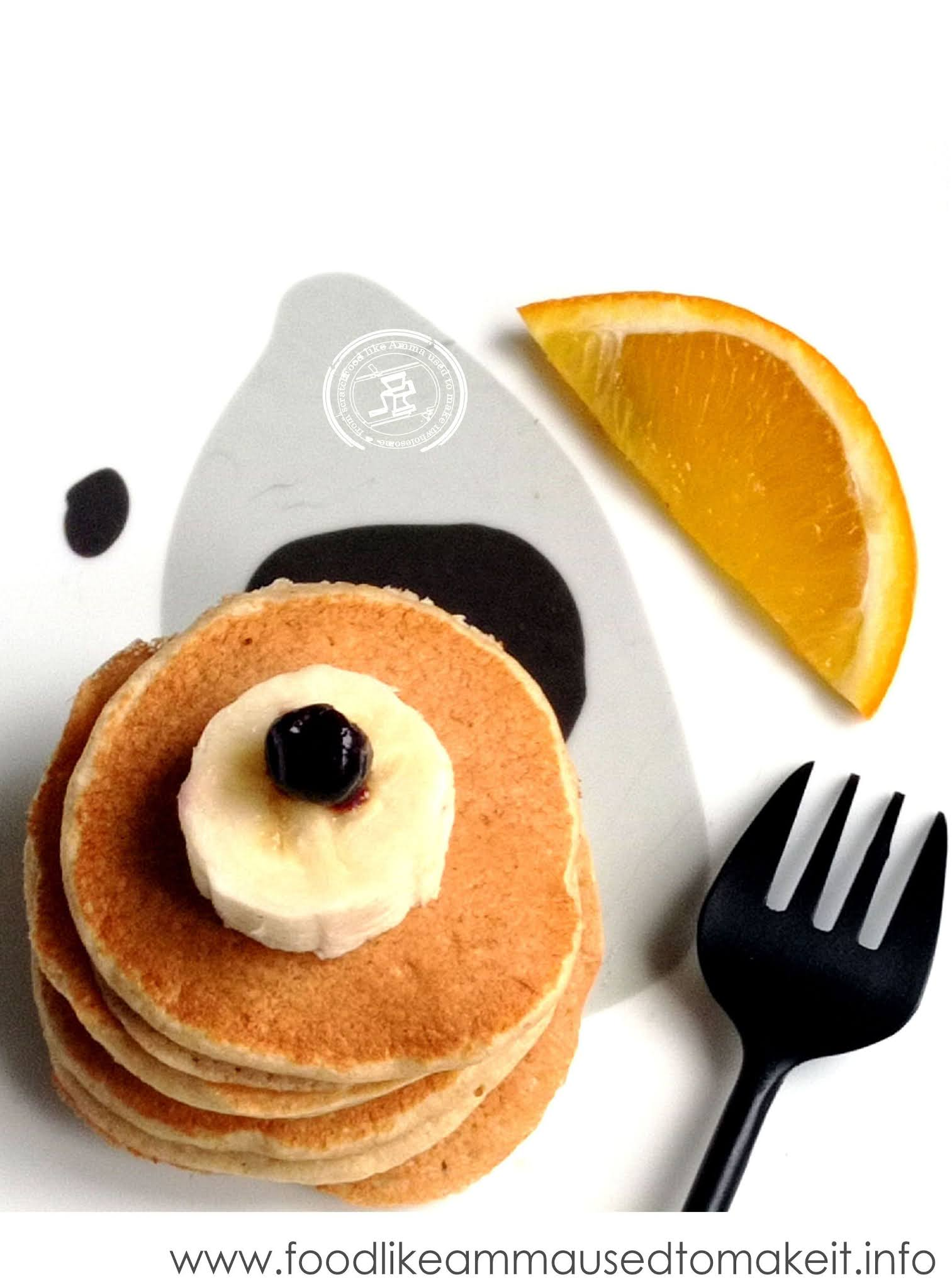 oat flour pancakes with bananas