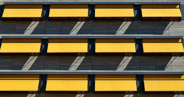 tende-sole-facciata-edificio