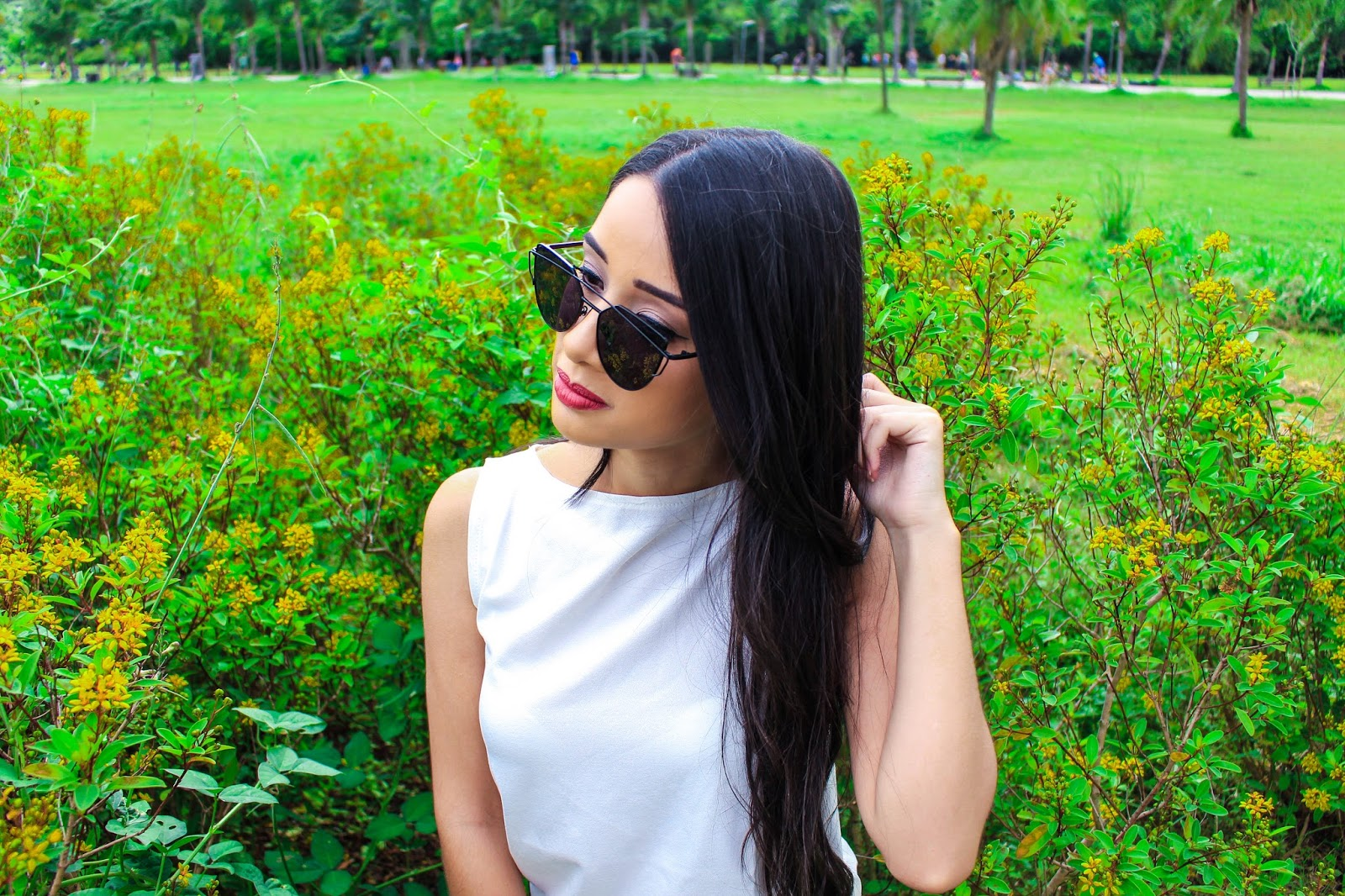 Look do Dia: Calça Jeans e Blusa Regata