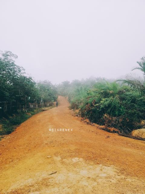 'Hiking' Bukit Senorang Kemayan Pahang