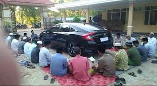 Viral Mobil Baru Dikelilingi untuk Didoakan, Warganet: Kesannya Jadi Lebay