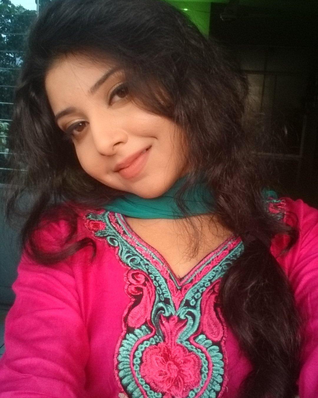 Porshi - Bangladeshi Singer  Photos 16