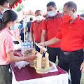 "Pasar Gotong Royong Krama Bali Diserbu Warga, Bupati Gede Dana : ""Semoga Ekonomi Mayarakat Segera Bangkit"""