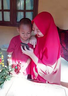 Mommy dan son